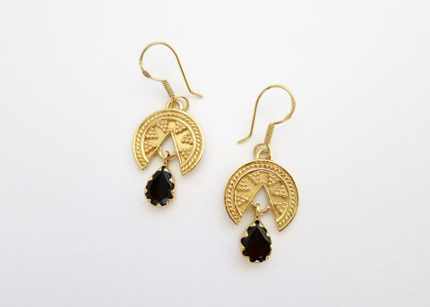 Stunning, granulation work, Grecian, gold-plated earrings with a garnet drop - Lai