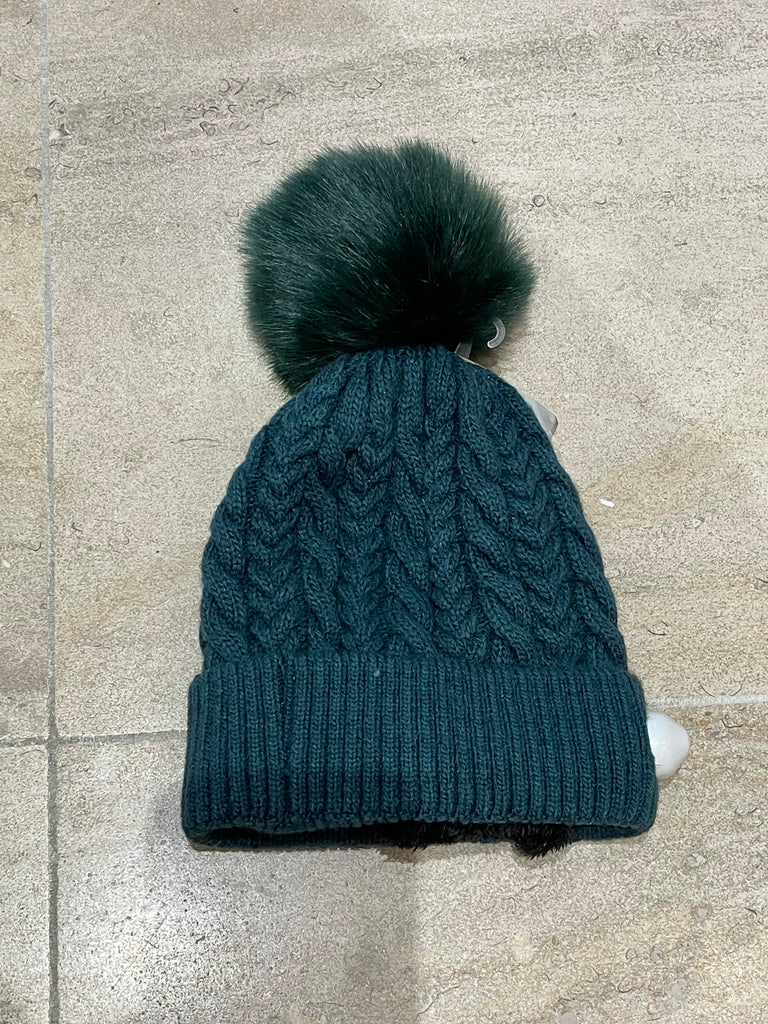 Pompon cable winter hat green STOCKSALE 21