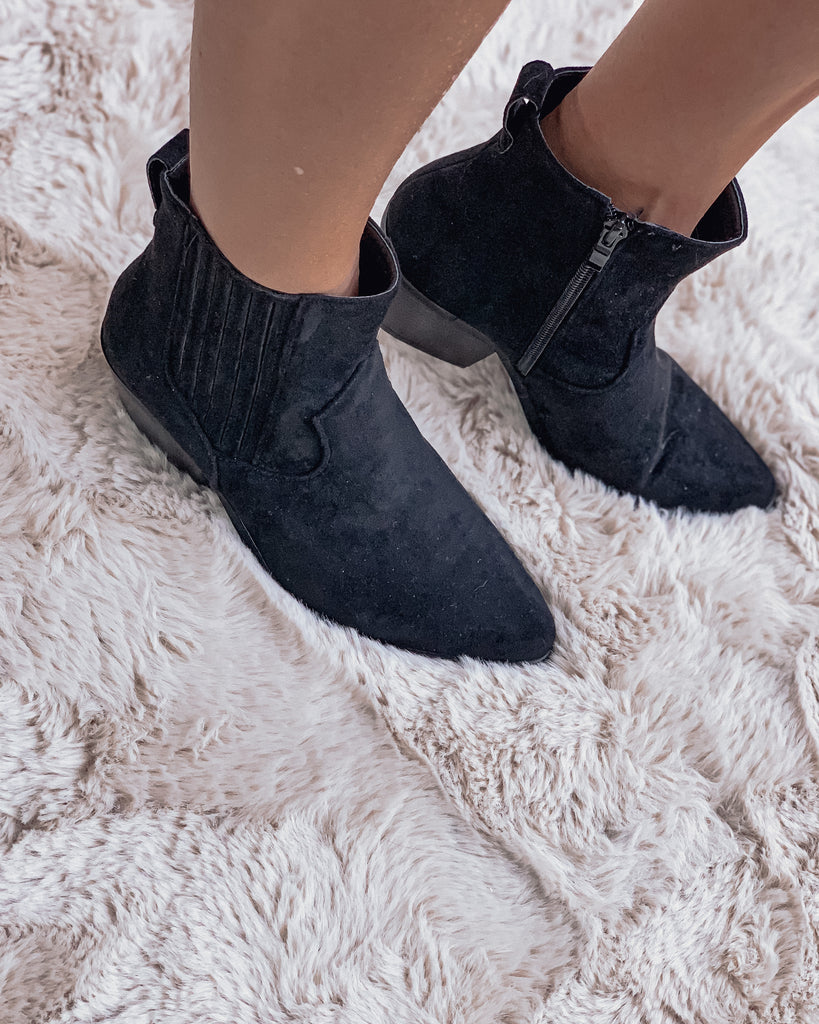 Suede western boots black !! BLACK FRIDAY 1-DAY DEAL !!