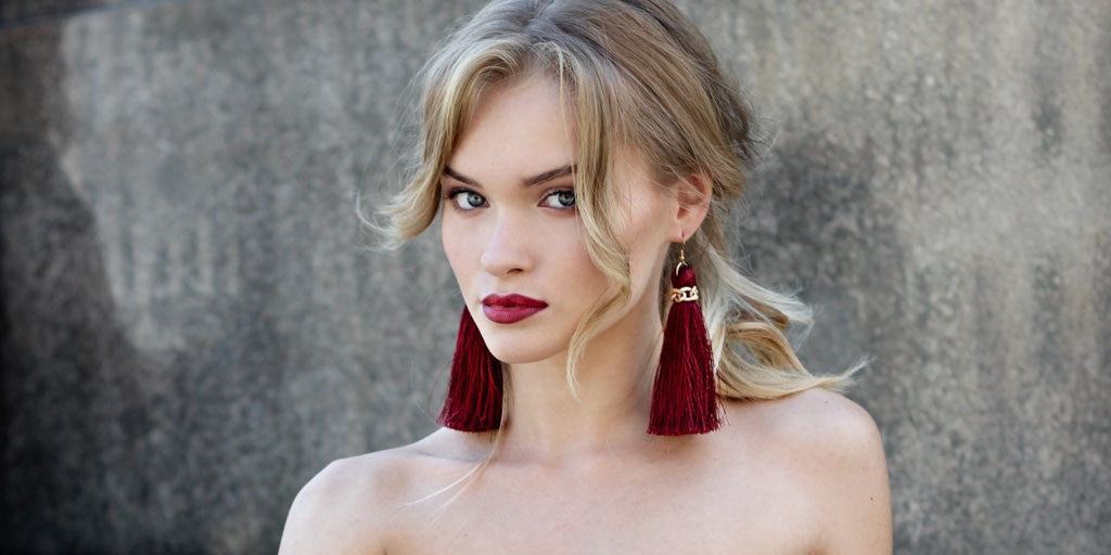 Apreciouz Burgundy Tassle Earrings