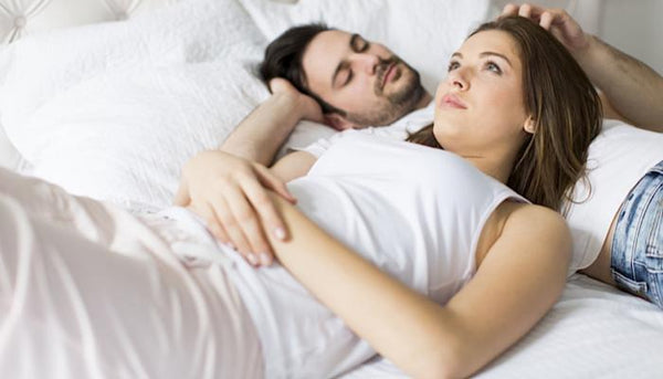 10 Pillow Talk Questions That Will Make Her Fall In Love