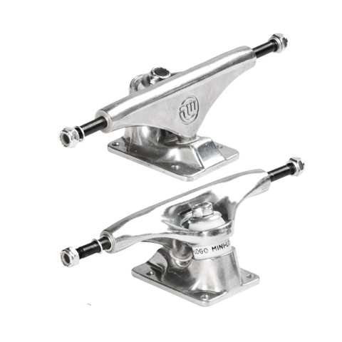 "Mini Logo 7.6"" skateboard trucks"