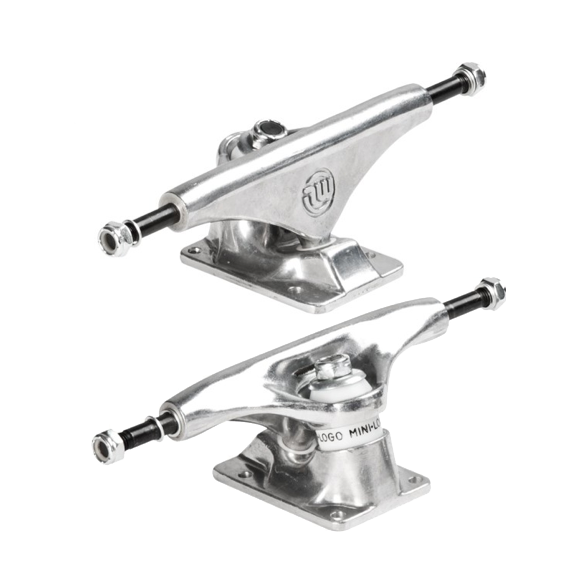 "Mini Logo 8.38"" skateboard trucks"