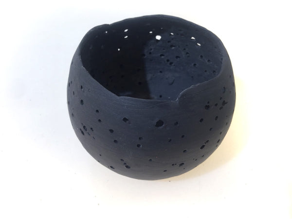 candle moon black