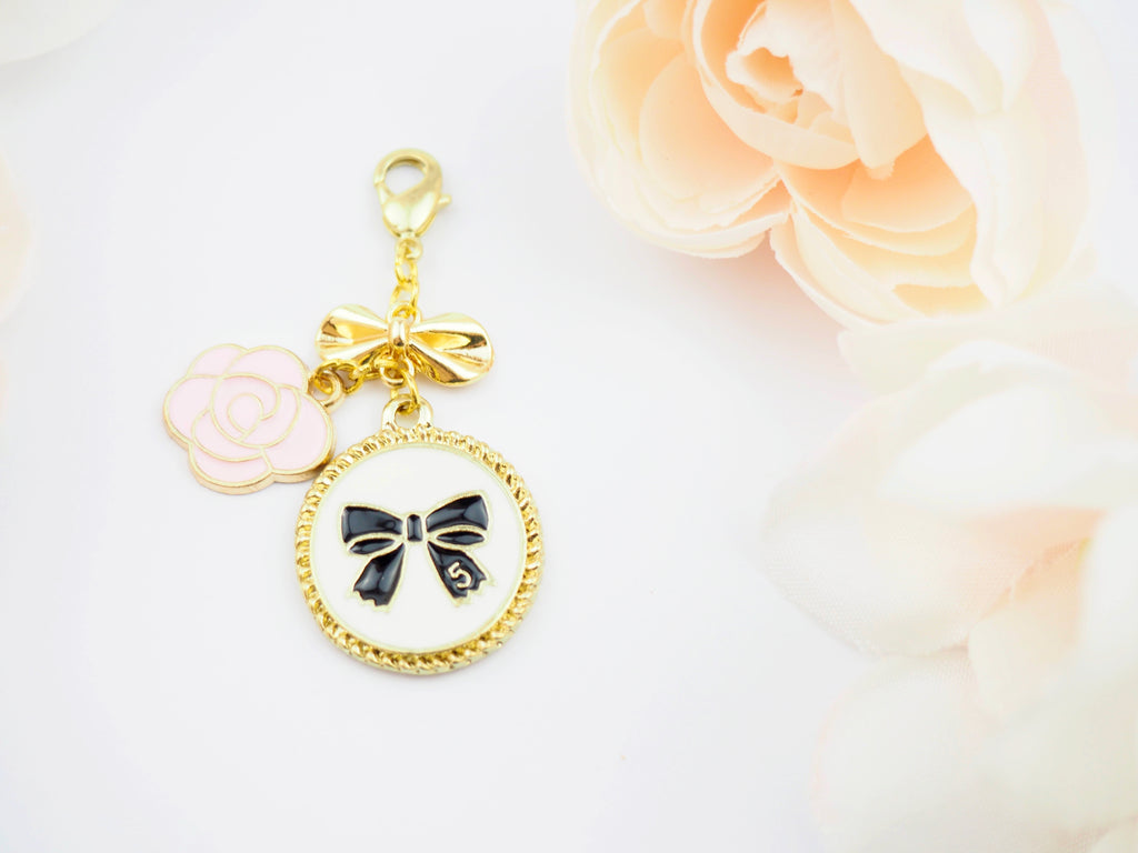 Lillian Circle Bow Pendent Planner Charm