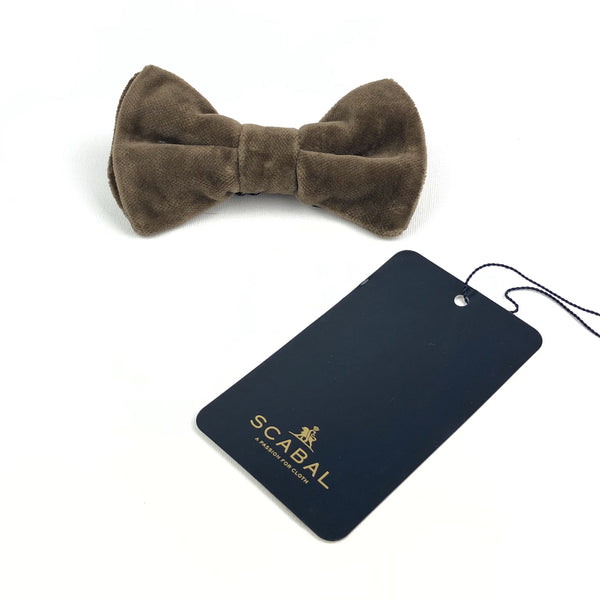 Green pre-tied Velvet Bow Tie by SCABAL