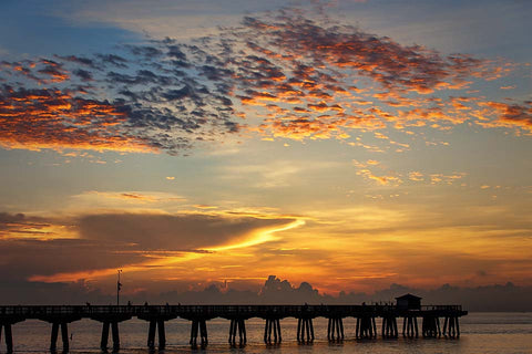 Sunrise at the Pier (Florida)