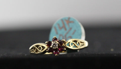 Garnet & Diamond Ring 14kt Yellow Gold