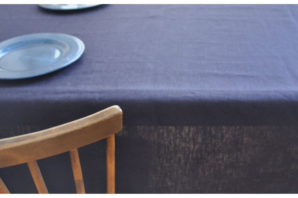 Jensen Tablecloth Navy-Modernplum