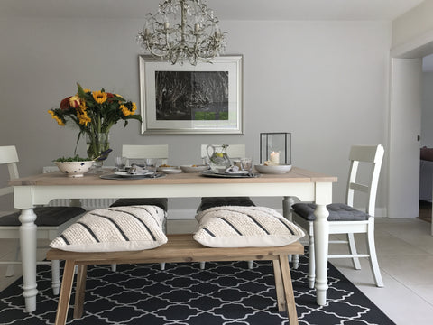 {Interiors} Casual Summer Dining