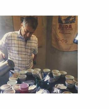 Klatch Coffee - Panama: Elida Honey [Varietal & Estate] - The Concentrated Cup