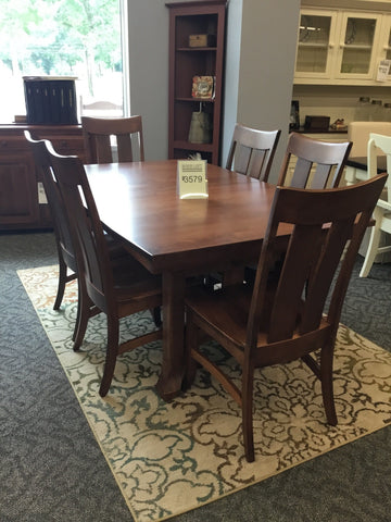 Biltmore Table 42x66 w/2 leaves 6 side chairs.
