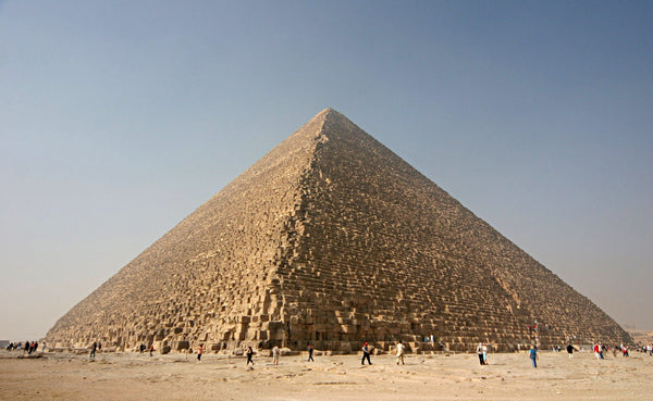 Pyramids of Giza, Egypt. Nomad New York. Image from Wikipedia.org