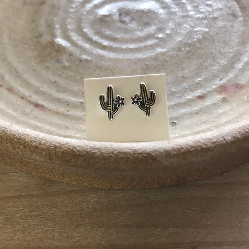 2135 CACTUS WITH FLOWER  STUD EARRINGS