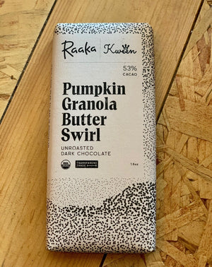 RAAKA X KWEEN: A MOST SPECIAL SEASONAL SWIRL Kween is a female-led food company that helps you eat like royalty. We use their original Granola Butter, the first-ever organic, oat-based, vegan, and top 14 allergen-free spreadable granola, to create an ultra comforting granola dark chocolate base.
