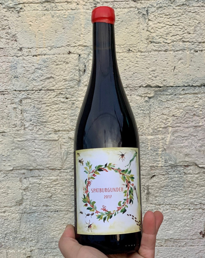 100% Spätburgunder. Kitzingen, Germany  Lady winemaker - Melanie Drese. All natural. Chillable red. Hazy cranberry. Hipster Pinto Noir. Spice up your life every raspberry girl ahhhh! Earthy crunch. Wet horse in wild mind fields. Crispy + crunchy.