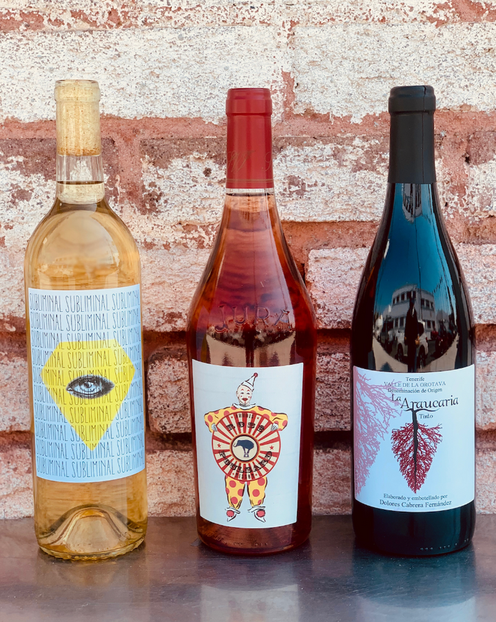 Sometimes you want to give a little bit everything! This rainbow bundle will include one bottle each of one of our favorite red, rosé and white wines.  ***WINES SHOWN ARE FOR EXAMPLE ONLY!