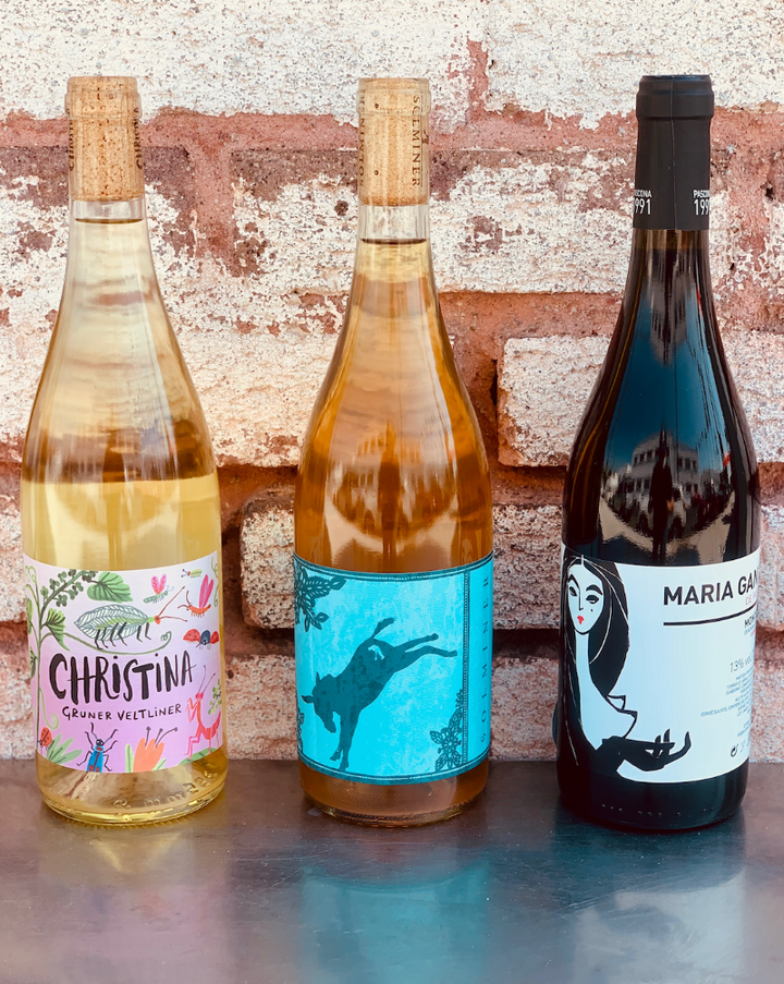 Sometimes you want to give a little bit everything! This rainbow bundle will include one bottle each of one of our favorite red, orange and rosé wines.  ***WINES SHOWN ARE FOR EXAMPLE ONLY!