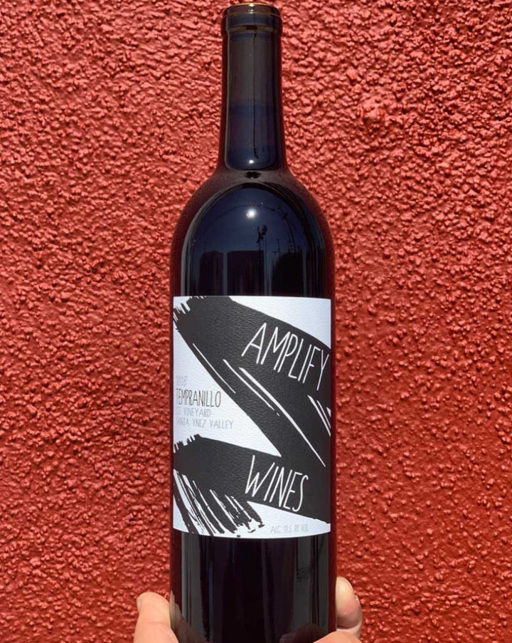Amplify Tempranillo red wine