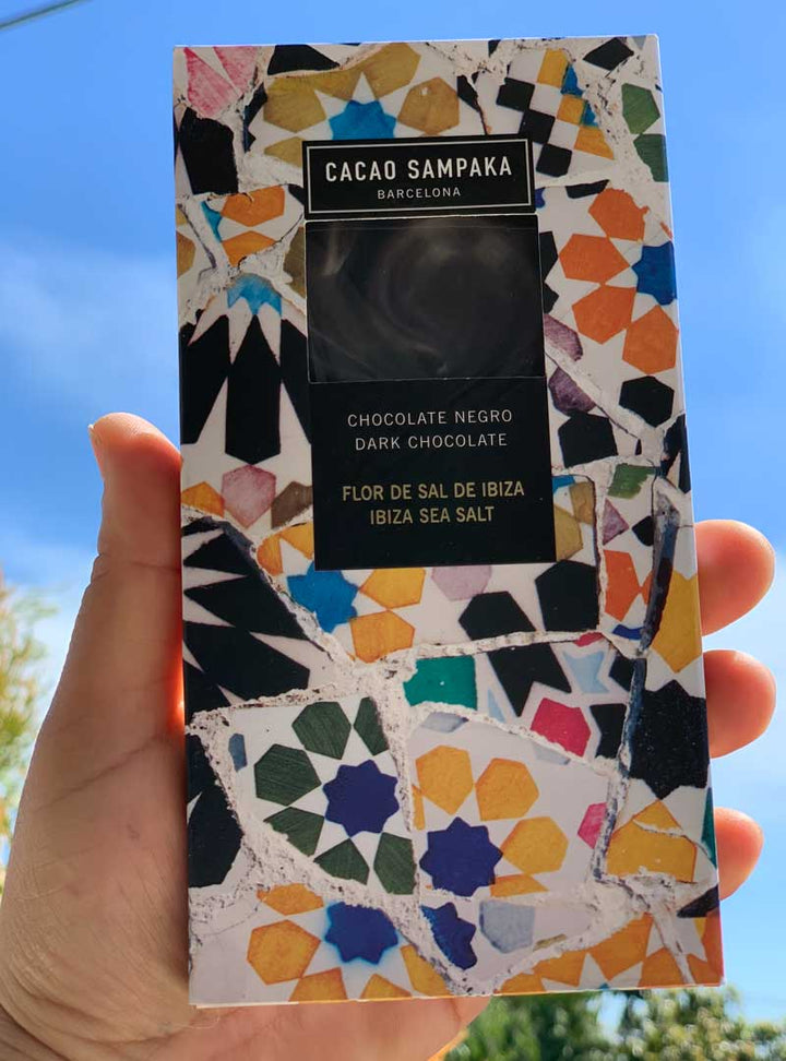 The flower of Salt from Ibiza complements the sweetness of this exceptional 67% chocolate bar with nuances of cocoa and wood. Each eye-catching package, inspired by the Gaudí tiles found throughout Barcelona, contains one bar in a sealed plastic bag for maximum freshness.