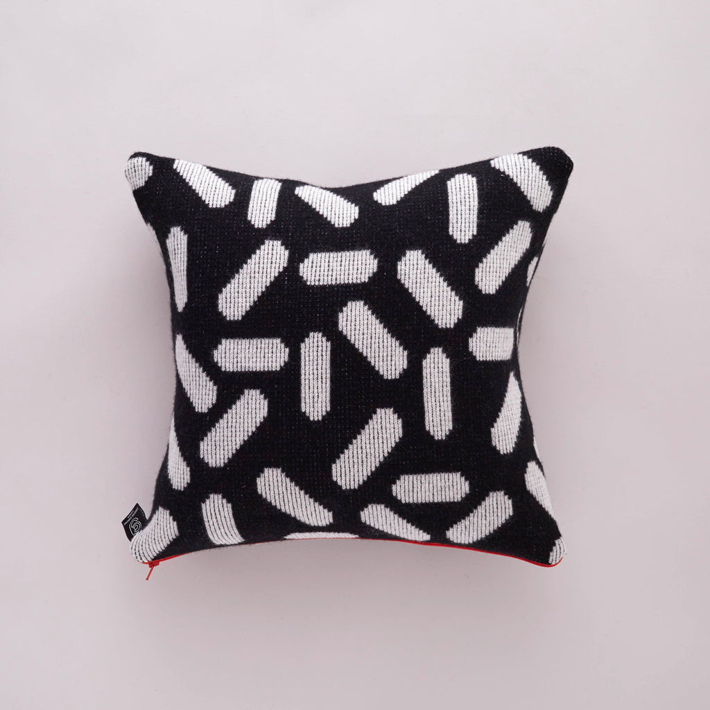 Tic Tac Cushion Black & White
