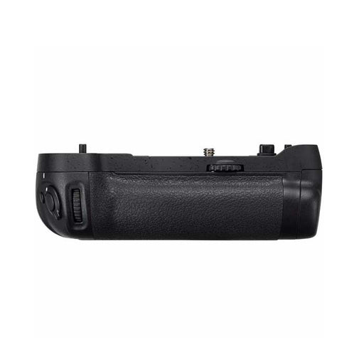Nikon MB-D17 Multi power battery pack