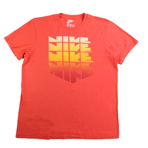 Nike Spell Out Graphic T-Shirt - L