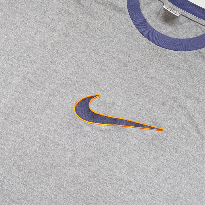 Vintage RARE Nike BIG Embroidered Swoosh T-Shirt - L
