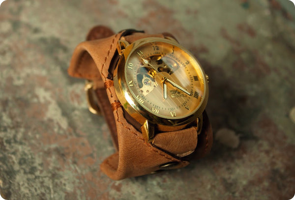 INTRODUCING THE 'COMANCHE' WRISTWATCH