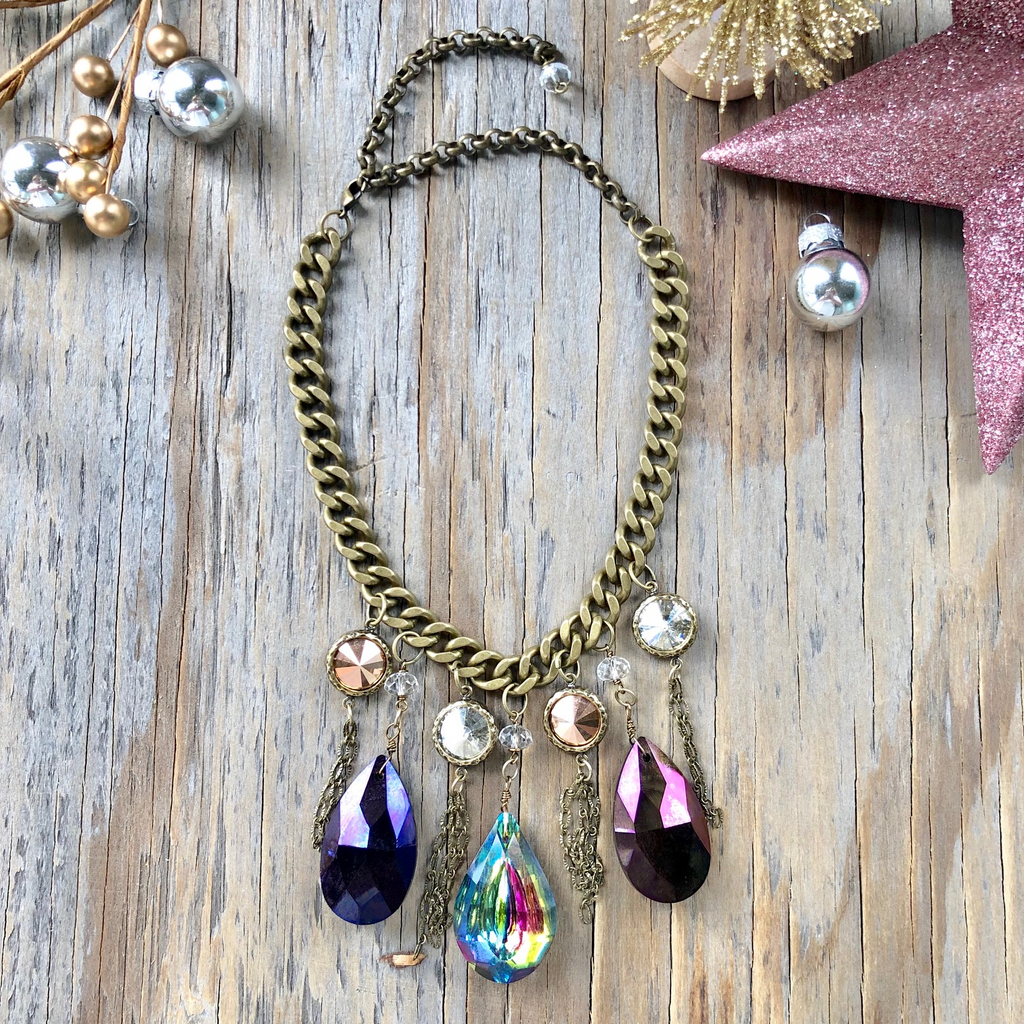 Shabby Chic Chunky Chain Choker with Multi-Color Crystal Drops  NEW