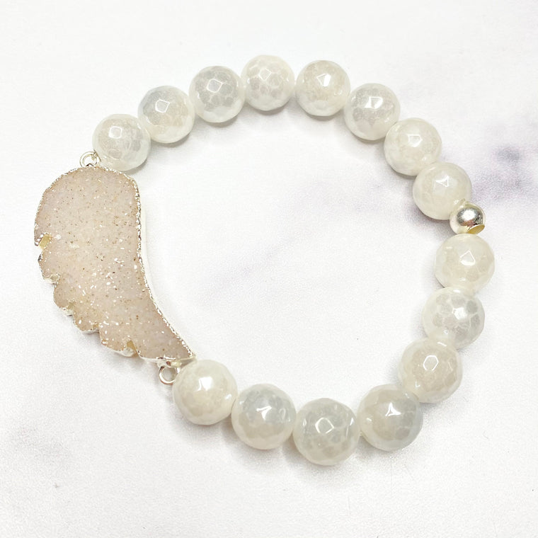 Chunky White Angel Wing Druzy and White Glaze Labradorite Stretch Bracelet  NEW