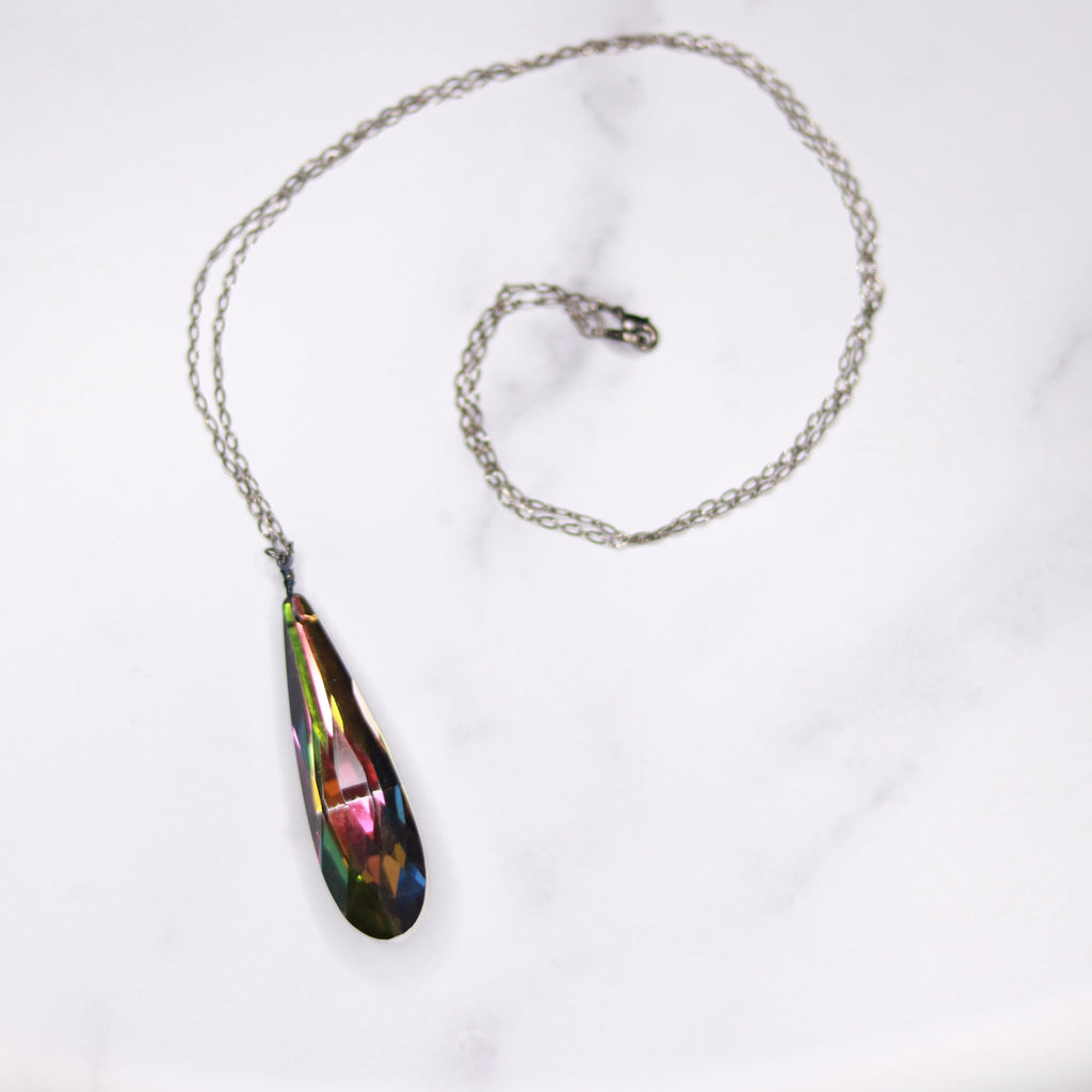 Gunmetal Oval Etched Chain and Vitrail Crystal Long Teardrop Pendant  NEW