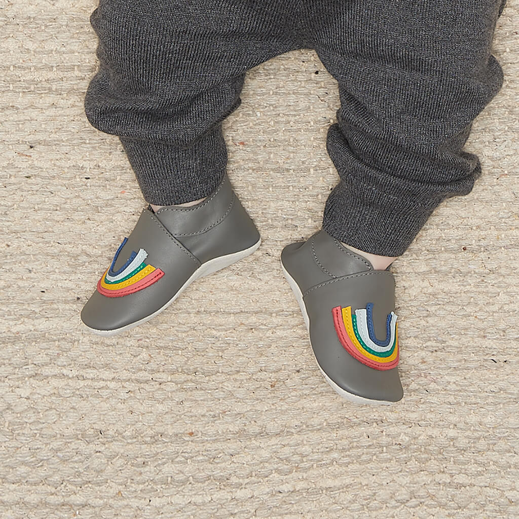 IMAGINE RAINBOW - Bobux collab Rainbow Applique Soft Sole Baby Shoe - GREY