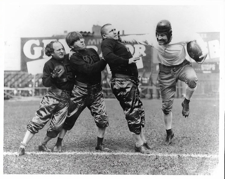 Three Stooges Promo Photo - Football Heisman Pose
