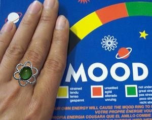 Authentic Mood Rings - Daisy Mood Ring