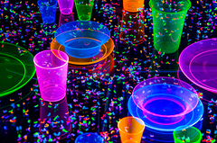Blacklight Reactive Confetti :: Excite Your Senses!
