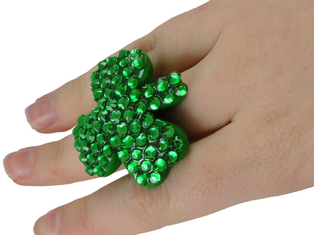 Dazzling Shamrock Ring Green