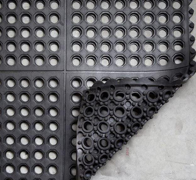 SafetyZone AntiSlip Draining Mat Interlocking Black 900x900mm