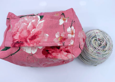 Needle Stasher || DPN Holder || Grey Tabby Cats on Pink Cotton Linen Japanese Fabric