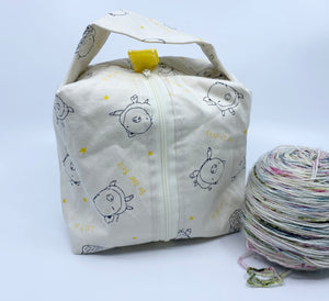 Small Box Bag | Let it Go Pigs on Ivory with Ivory Zipper