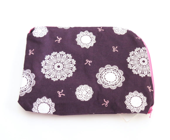 Tablet Cover || Sparkly Doilies on Imperial Purple