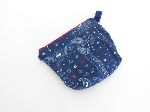 Small Wedge Bag || Bandana Cats on Navy
