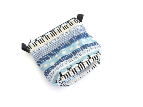 Small Wedge Bag || Sassy Cat on Piano with Lace in Blue