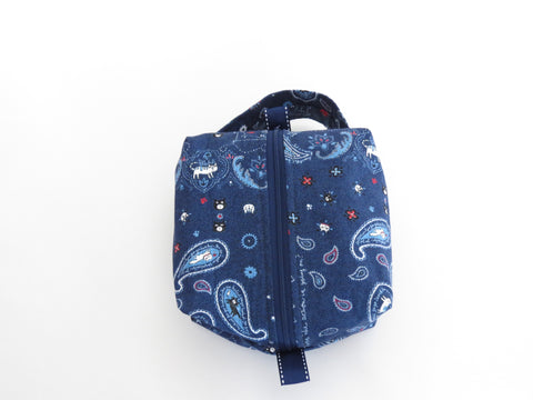 Small Box Bag || Bandana Cats on Navy