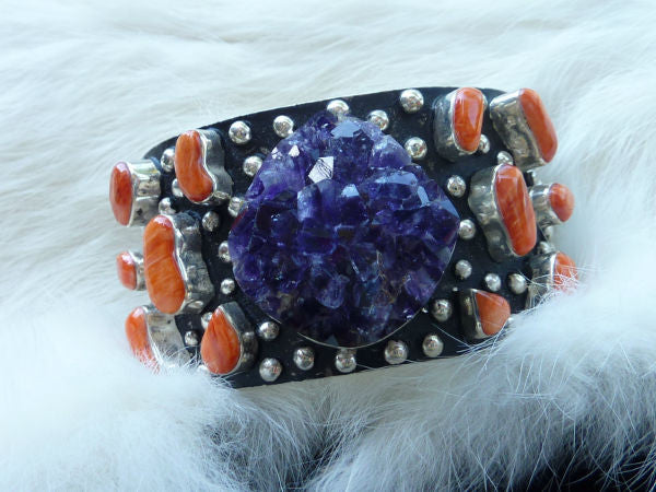 Navajo Spiny Oyster and Amythest Crystal Cuff Bracelet