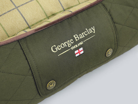 Country Box Bed - Olive Green, Medium - 75 x 60 x 30cm