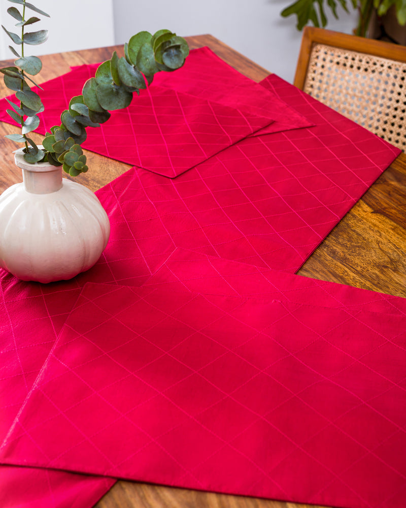 Silk runner and mats in cherry