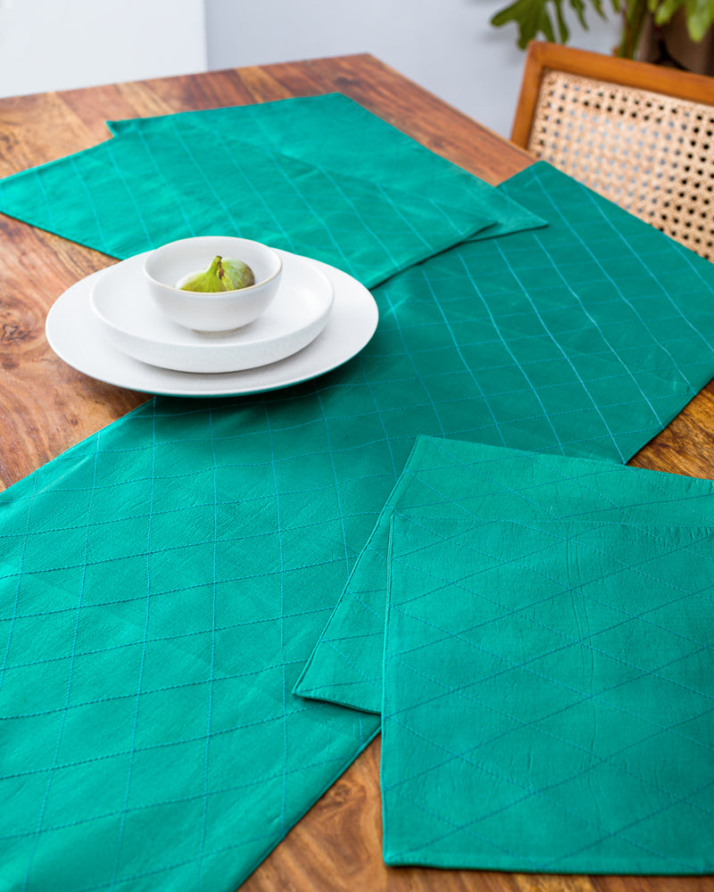 Silk runner and mats in green