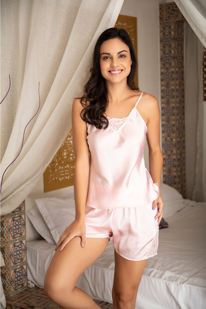 Romantic cami & shorts set with tulle lace insert