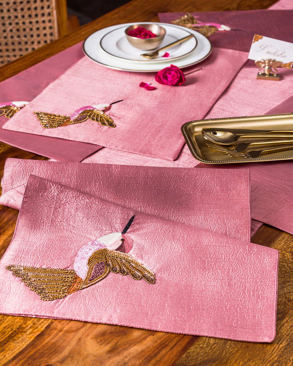 Hummingbird Table Runner and Mats